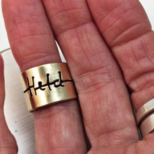 'Held' Custom CrossWords Ring